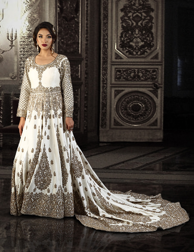 Stunning Long Arabic Bridal Tail Gown