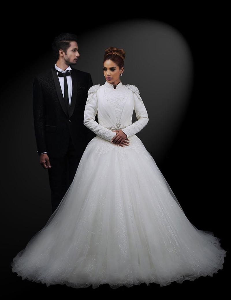 Western Style White Wedding Wear
