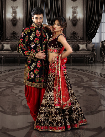Blooming In Red Floral Couple